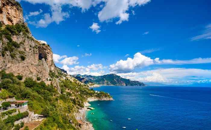 Italy beach vacation, seaside destinations in Italy