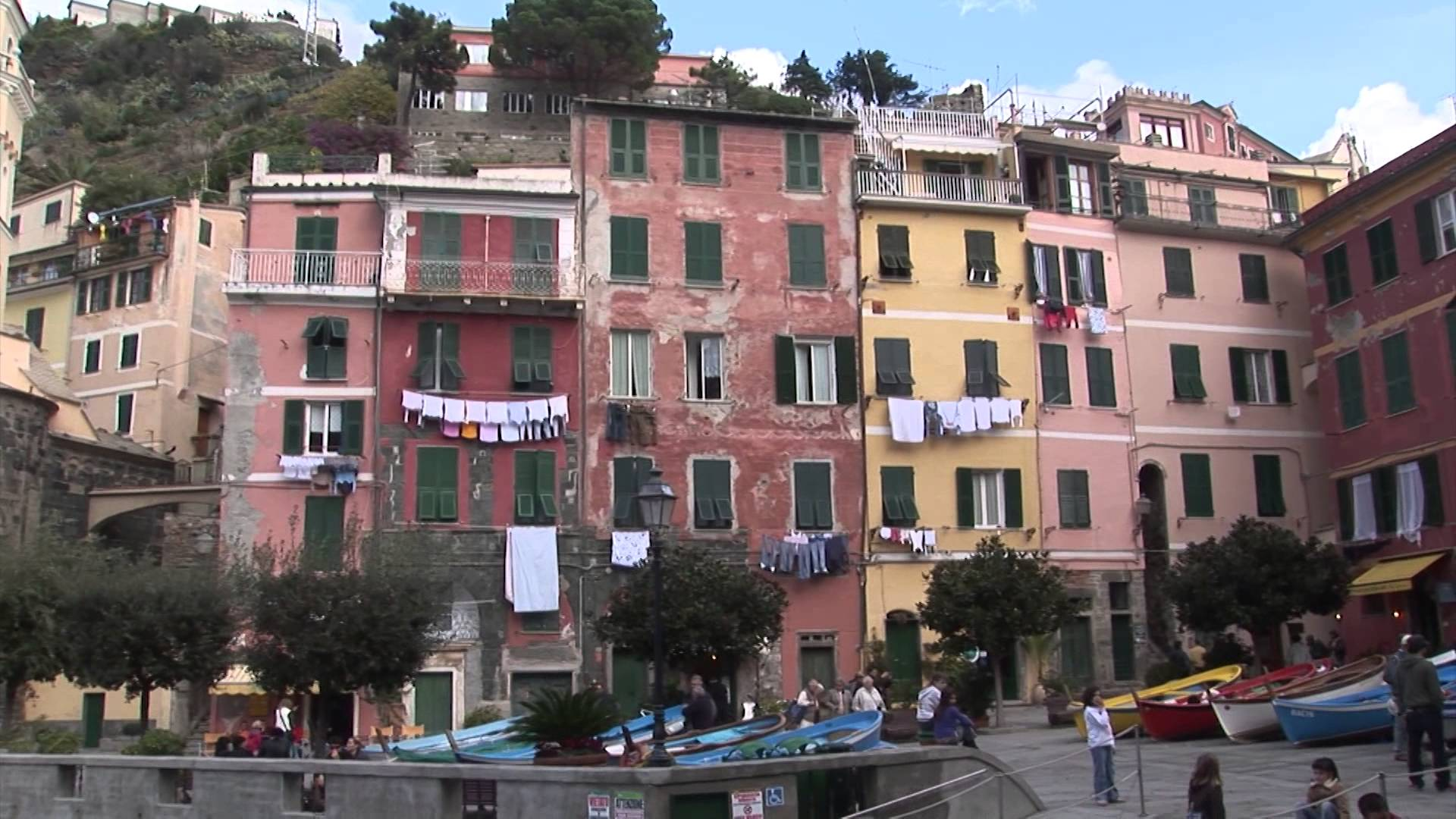 Rooms in vernazza hotels in vernazza italy vernazza beach for Hotels 5 terres