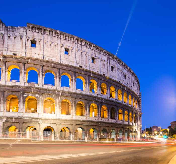 attraction in italy rome colosseum